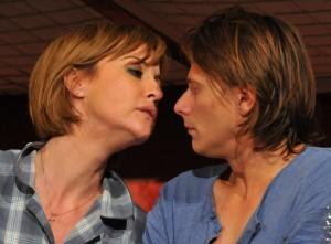 Medeea Marinescu si Marius Manole in piesa de teatru Fa-mi loc!