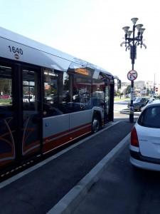 autobuzul hibrid