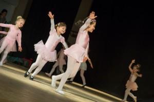 Trupa de balet a Casei de Cultură
