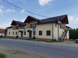 centru multifuncţional - Sâmbăta de Sus